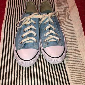 Super cute pair of Baby blue airwalk shoes.